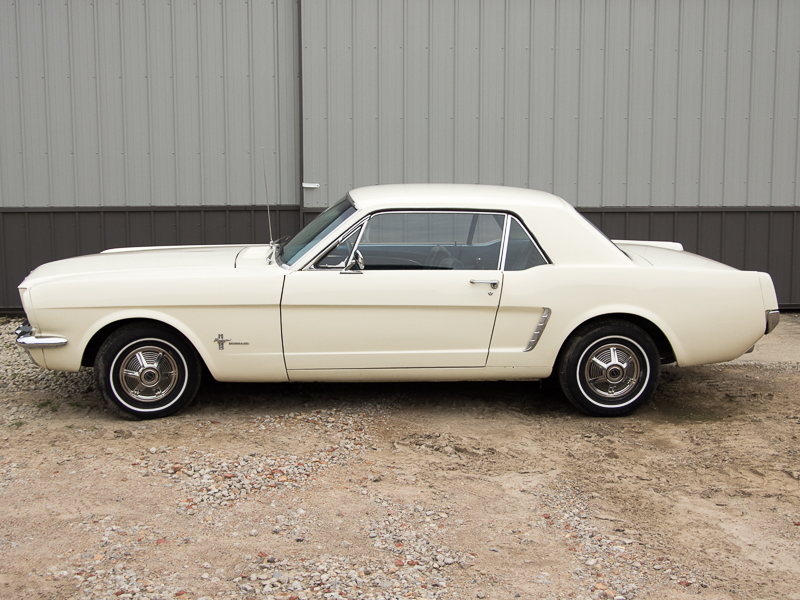 Sold 1964 1 2 Ford Mustang Coupe Wimbledon White